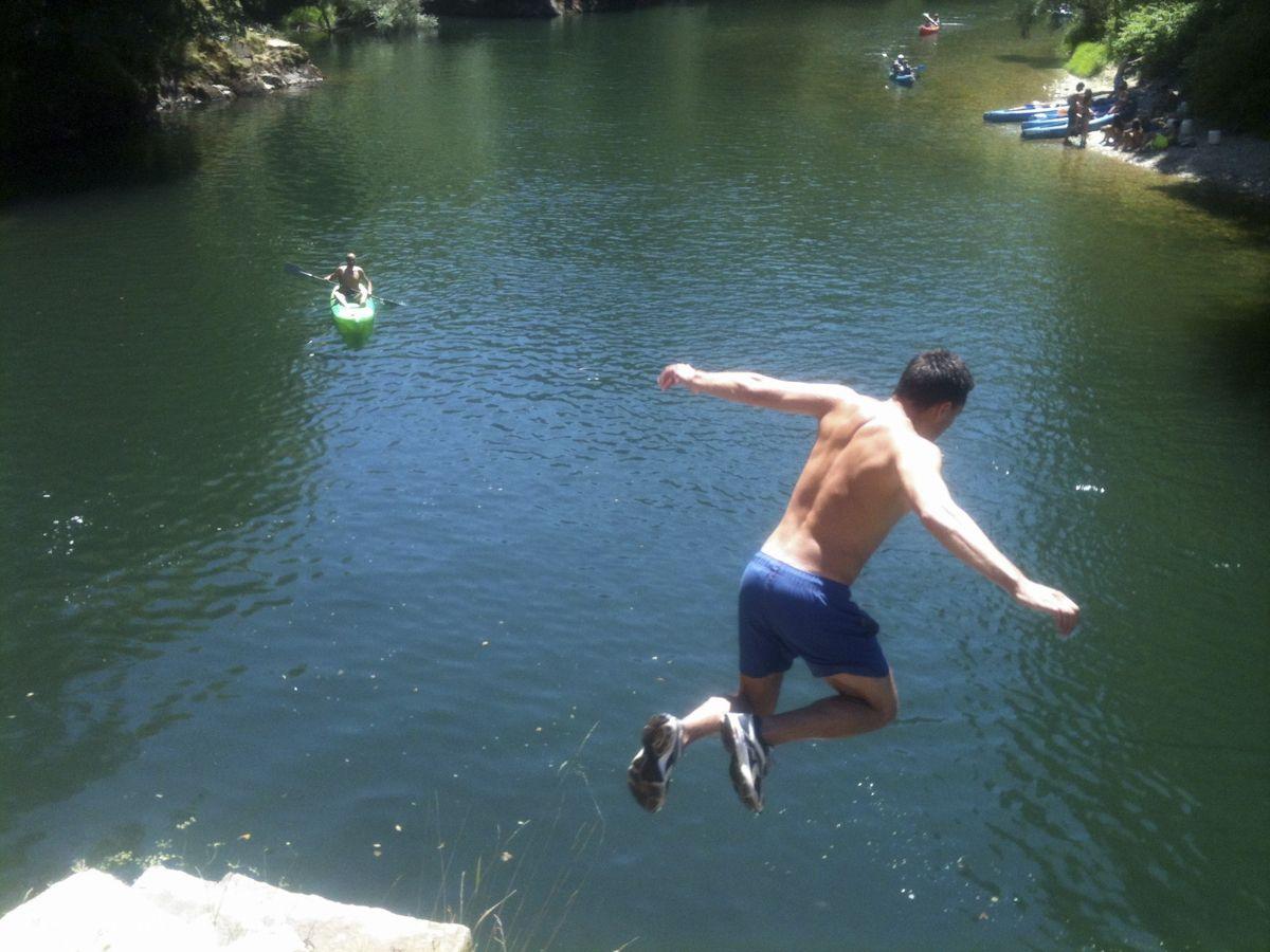 Salto al río Sella
