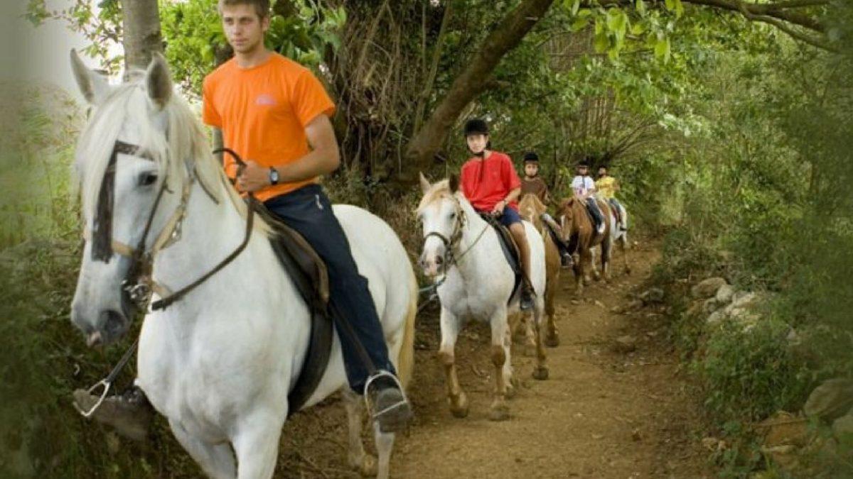 Rutas A Caballo Frontera Verde Aventura Turismo Activo Naturaleza Y Aventura En Asturias Cantabria Y Los Picos De Europa