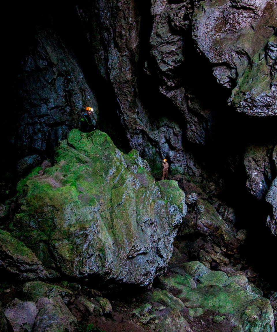 Espeleología Cueva del Tinganón