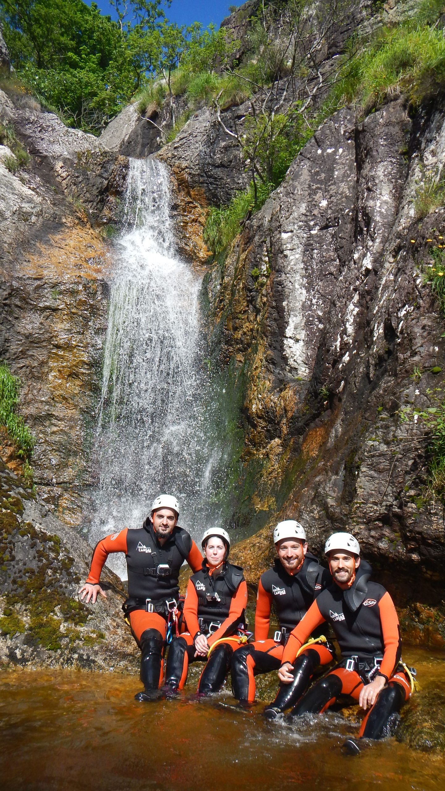 Barranquismo y Descenso de cañones en el río Carangas, Ponga, Asturias